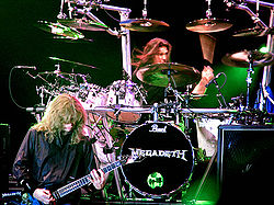Dave Mustaine ja Shawn Drover, Bukarest 2005.