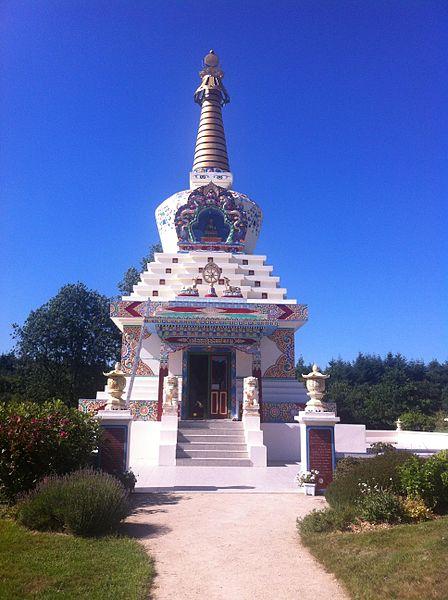 Monument boudiste