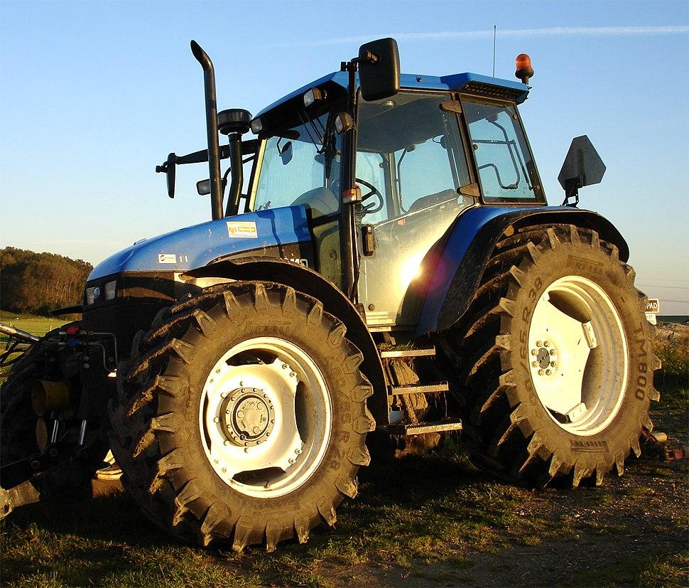 Modern-tractor