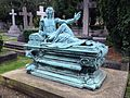 Monument to Thomas Tate 2.jpg