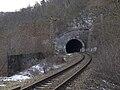 Most inteligence, vjezd do tunelu z dálky.jpg