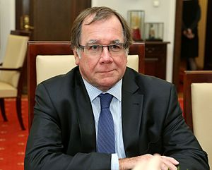 Murray McCully Senate of Poland.JPG