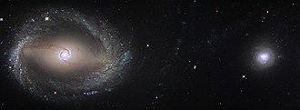 NGC 1512 - Image: NGC 1512 and NGC 1510