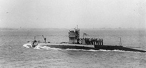 NH-53611 USS H-8 underway, circa 1922.jpg