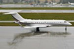 Netjets, N111QS, Bombardier Global 5000 (26266242438).jpg