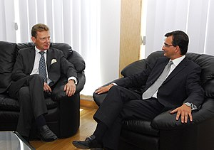 Paul Borg Olivier - Image: Nick Archer, BHC Valletta, meets Paul Borg Oliver, Sec Gen Maltese Nationalist Party (2700647915)