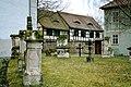 Niederzimmern-Kirchhof.jpg
