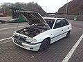 Opel Astra auf einer Raststätte an der A2.jpg