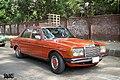 Orange Merc Mercedes-Benz W123, Bangladesh. (33611764730).jpg