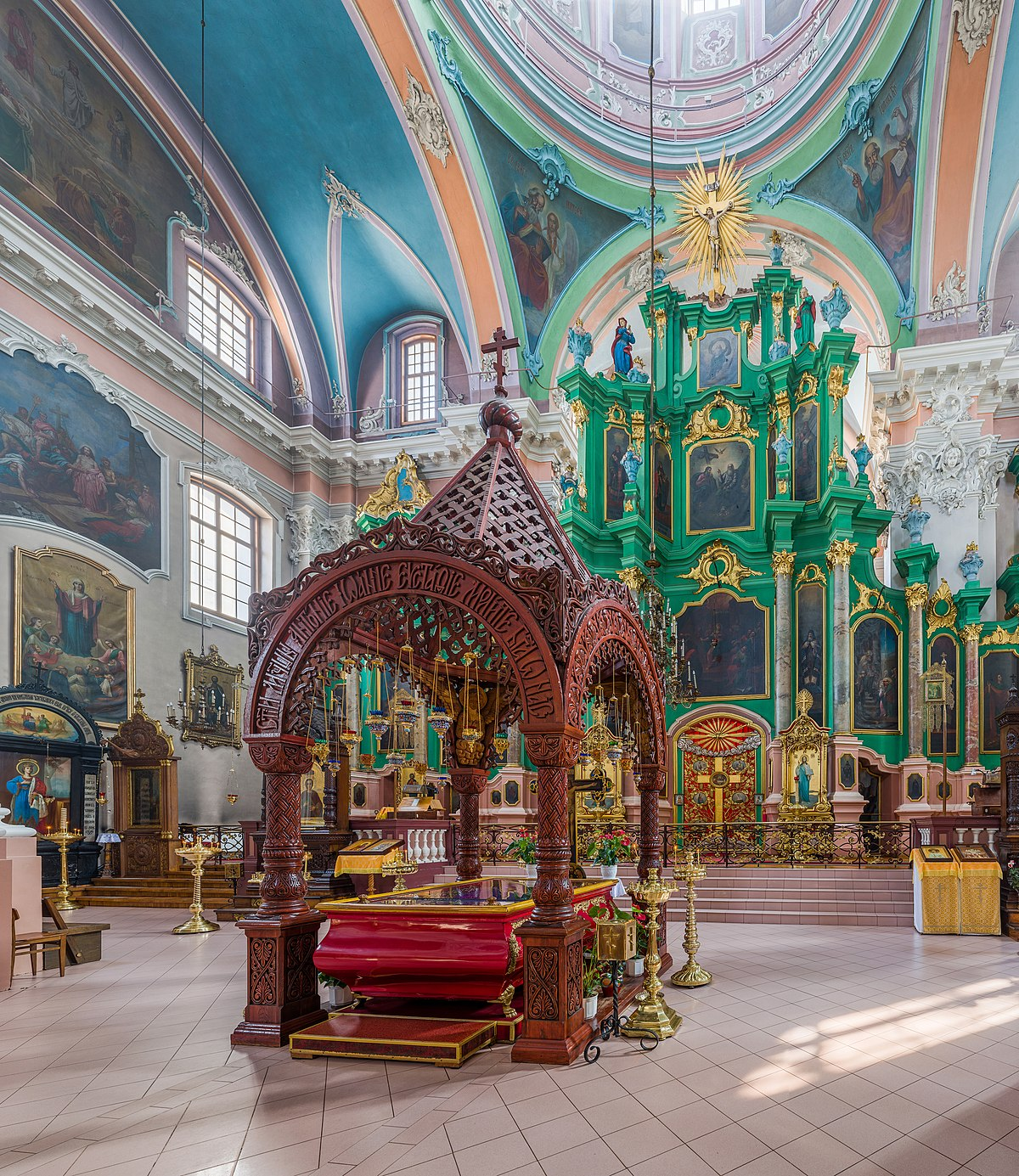 the orthodox church 2 this makes the orthodox church by far the largest among the past several  decades of israeli immigrants3 it is also the largest among palestinian christians ,.