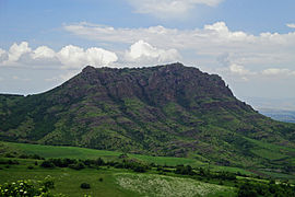 https://upload.wikimedia.org/wikipedia/commons/thumb/6/60/Otcaqar.jpg/270px-Otcaqar.jpg