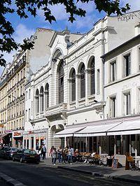 P1040879 Paris XVIII bd de Rochechouart n°80 Le Trianon rwk.JPG