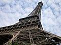 Paris, Eiffelturm, von unten 2008-06 (1).jpg