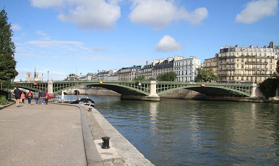 Paris-Seine-102-Pont de Sully-2017-gje