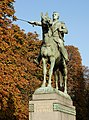 Paris Crs la Reine Bolivar 2012.jpg