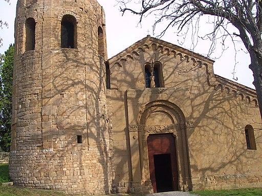 Facciata della Pieve dei Santi Vito e Modesto a Corsignano