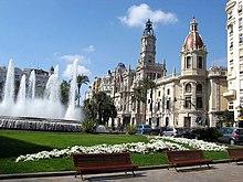 Plaza del Ayuntamiento de Valencia.JPG