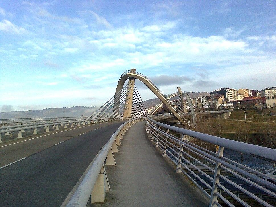 Xeral desde a beira sur da ponte.