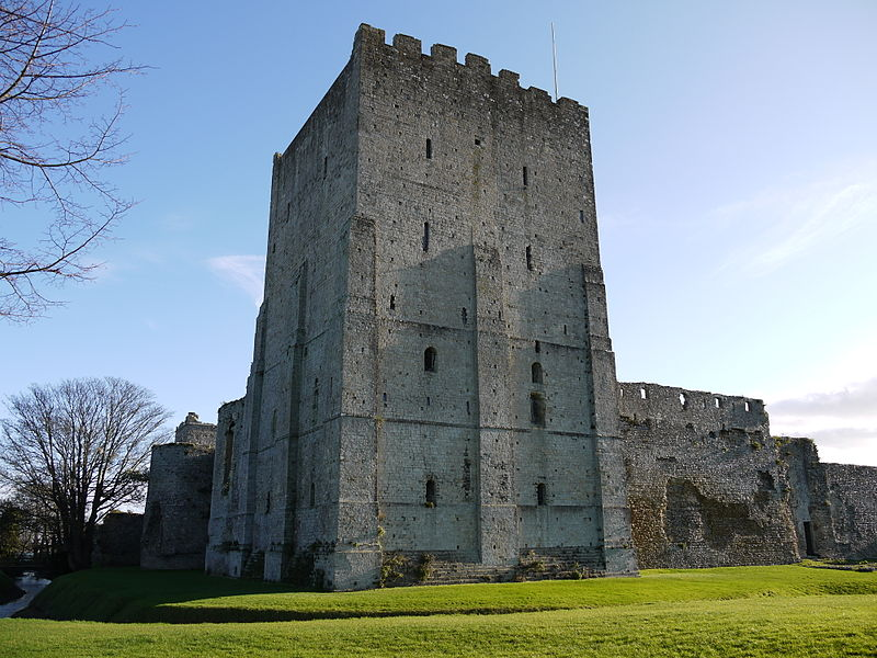 File:Porchester castle keep 2011.JPG