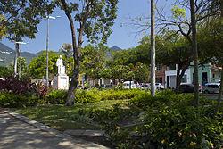 Praça Capistrano de Abreu.jpg