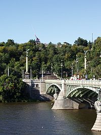 Praha 2005-09-19 Čechův most-00.jpg