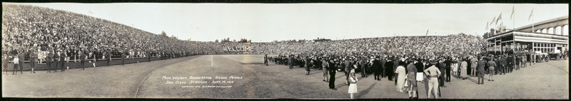 Pres. Wilson addressing 50,000 people, San Diego Stadium, Sept. 19, 1919 LCCN2007661940.tif
