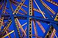 Puente iluminado (7475951352).jpg