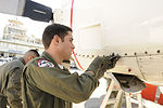Quick fix during Haiti evacuations DVIDS1093996.jpg