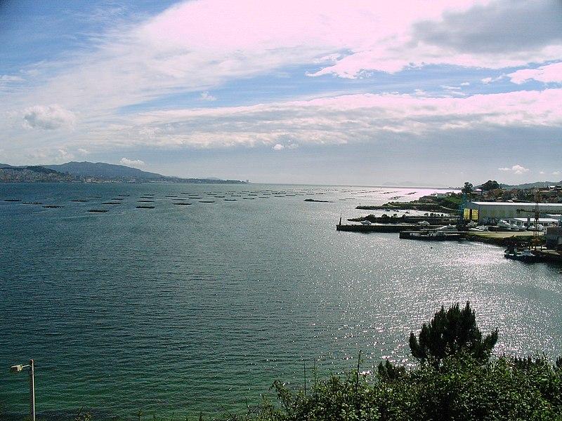 File:Ría de Vigo-Galiza.jpg