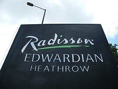 Radisson Edwardian Hotel Heathrow2.jpg