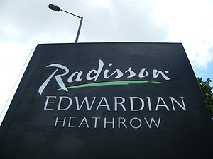 Radisson Blu Edwardian Heathrow Hotel - Image: Radisson Edwardian Hotel Heathrow 2