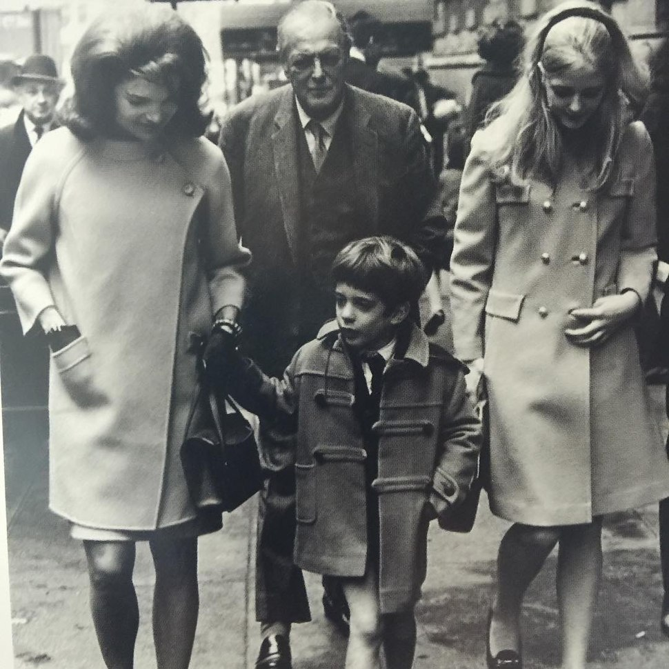 Randolph Churchill with daughter Arabella and Jacqueline Kennedy