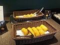 Refreshment at HND JAL Diamond Lounge.jpg