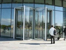 FileRevolvingdoors.ogv & Revolving door - Wikipedia