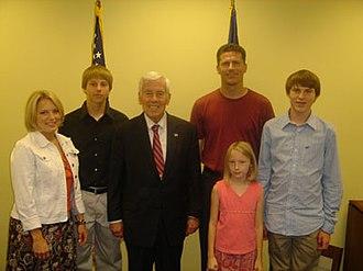 Sean Eberhart - The Eberhart family with Richard Lugar in 2007