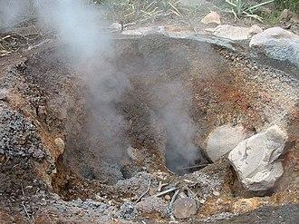 Rincón de la Vieja Volcano National Park - Image: Rincón Fumarole Apr 2003