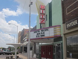 Ritz Theater in downtown Snyder IMG 4579.JPG