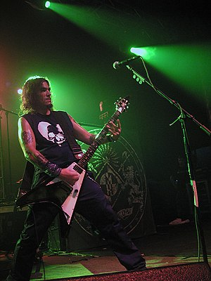 Flynn performing at a concert promoting The Blackening RobFLynn.jpg