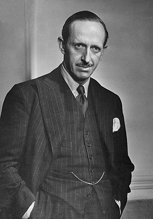 Robert Gascoyne-Cecil, 5th Marquess of Salisbury - Robert Gascoyne-Cecil in 1943