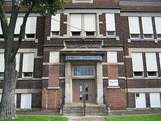 Wentworth Street (Hamilton, Ontario) - Robert Land School, building