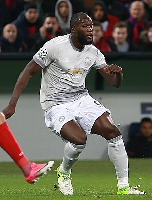 Romelu Lukaku - Lukaku playing for Manchester United in 2017