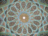 [تصویر:  200px-Roof_hafez_tomb.jpg]