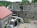 Ruine Windegg - Innenhof 2.jpg