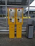 Ruzyně, letiště, zastávka Terminál 1, automaty na jízdenky (01).jpg