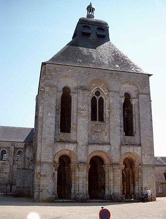 Fleury Abbey - The truncated belltower