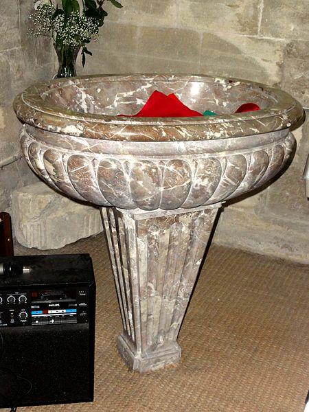 fichier saint brice sous for t 95 glise saint brice croisillon nord fonts baptismaux jpg. Black Bedroom Furniture Sets. Home Design Ideas