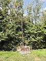 Saint-Sulpice (60), croix sur le chemin des Godins.JPG