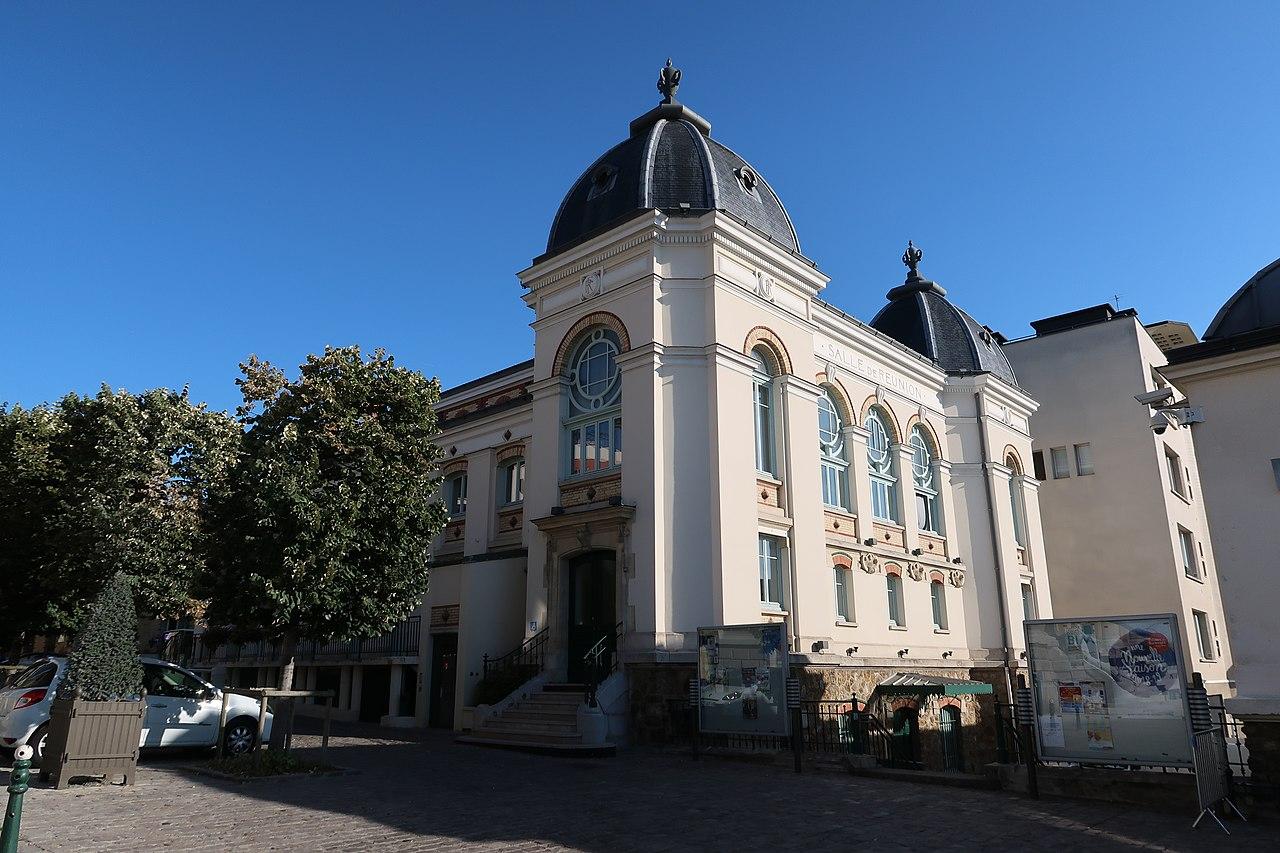File Salle Des Fetes Suresnes 1 Jpg Wikimedia Commons