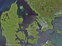 Satellite image of Denmark in July 2001.jpg