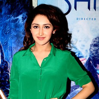 Sayyeshaa - Sayyeshaa at the trailer launch of Shivaay in Indore.